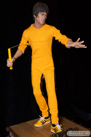 ブリッツウェイ 没後40周年記念 死亡遊戯 1/3インフィニットスケールスタチュー ハイブリッドタイプ ブルース・リー 全身 02