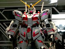 【ガンプラEXPO2014】別売りのLEDユニットで発光も可能!「FA拡張ユニット」も!「PG RX-0 ユニコーンガンダム」 新作プラモデル彩色サンプル画像レビュー