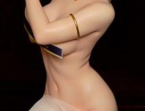 【宮沢展示会36】塗装済み完成品も近日案内予定!クルシマ新作フィギュア「琥珀(アンバー)」の彩色サンプルが展示!