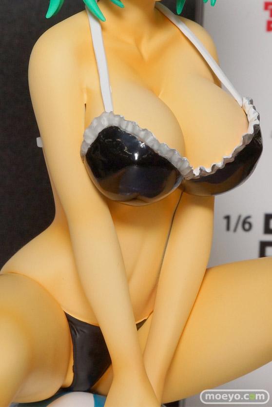 アイズ・プロジェクトの一騎当千 Extravaganza Epoch 呂布奉先 Beach Ver. ブラック(宮沢模型流通限定品)のフィギュアサンプル画像05