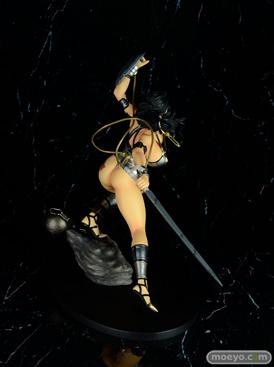 Q-sixのクイーンズブレイド リベリオン 囚われの竜戦士 ブランウェン 銀竜ver.のフィギュアサンプル画像05
