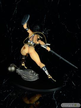 Q-sixのクイーンズブレイド リベリオン 囚われの竜戦士 ブランウェン 銀竜ver.のフィギュアサンプル画像06