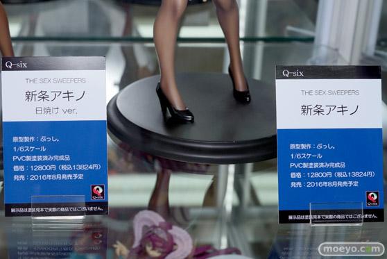あみあみ 秋葉原店の新作美少女フィギュアサンプル展示の様子12