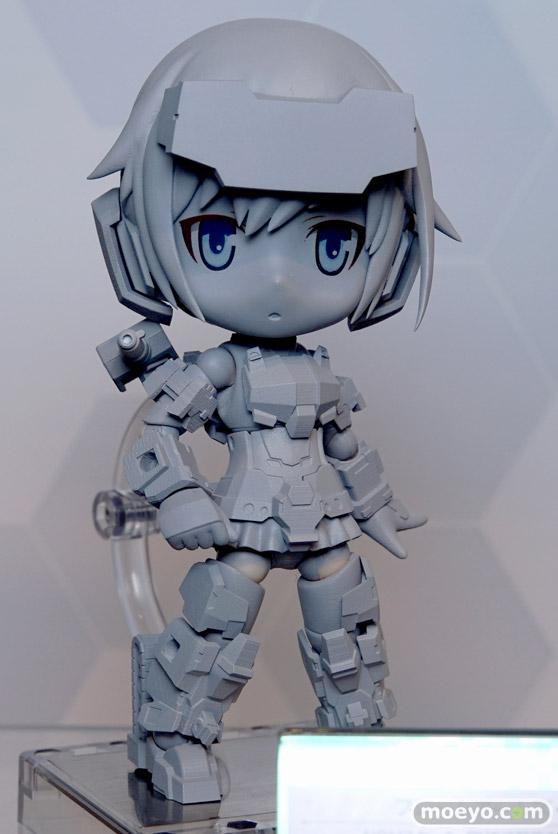 コトブキヤ秋葉原館の新作美少女フィギュアとキューポッシュのサンプル展示の様子01