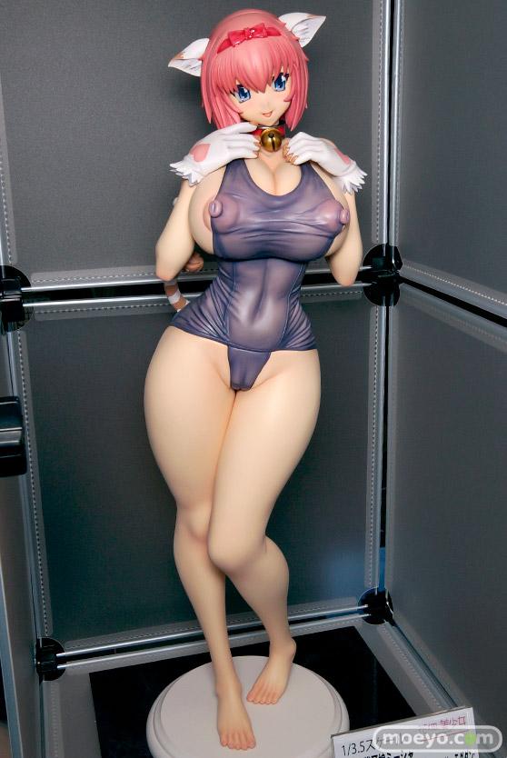 花畑と美少女のスク水猫耳娘ミーシャの新作フィギュア彩色サンプル画像 モグダン02