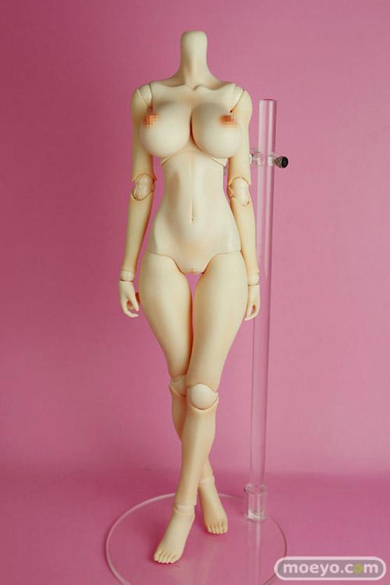 リアルアートプロジェクトの新作ドールの紗鵺香(SAYAKA)と桃香(MOMOKA)ボディ(ヘッド無し)のサンプル画像02