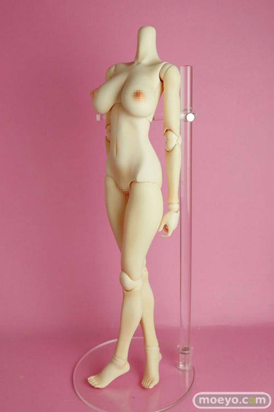 リアルアートプロジェクトの摩璃奈(MARINA)ボディ(ヘッド無し)の新作ドール画像01