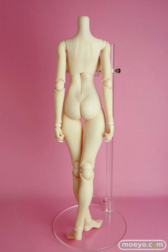 リアルアートプロジェクトの摩璃奈(MARINA)ボディ(ヘッド無し)の新作ドール画像03