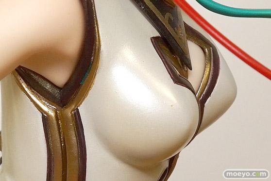 マックスファクトリーの初音ミク ウィンターヒロインVer.の新作フィギュア彩色サンプル画像12