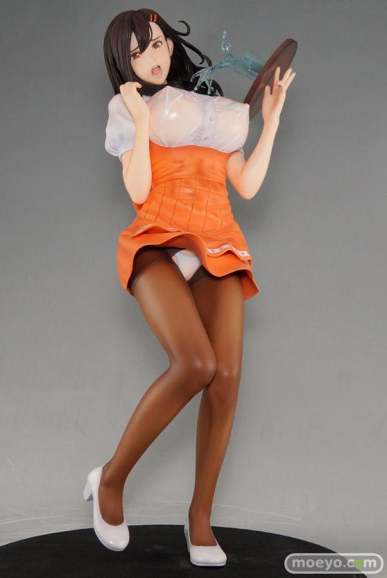 ドラゴントイの織田nonヒロインコレクションズ 若妻ウェイトレス 仁美の新作フィギュア彩色サンプル画像01