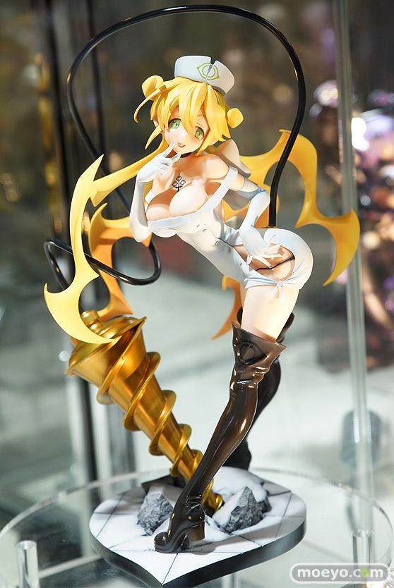 ホビージャパンの魔女と百騎兵2 白衣の女神 リサの新作フィギュア彩色サンプル展示画像02