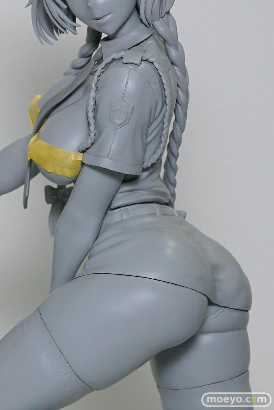 クイーンテッドのクリエイターシリーズ 婦警さんの新作アダルトフィギュア原型画像06