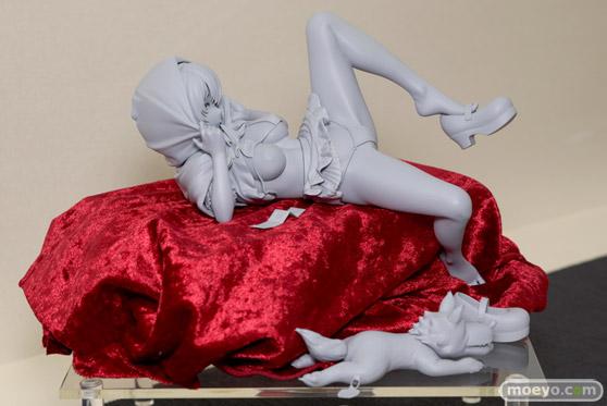 ロケットボーイのコミックEXE 03 ピンナップ 赤ずきんコスの女の子(仮) 掃除朋具 の新作フィギュア原型画像02