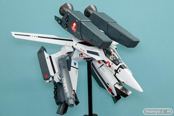 マックスファクトリーのPLAMAX MF-25 minimum factory VF-1 スーパー/ストライク ガウォーク バルキリーの新作プラモデル彩色サンプル画像03