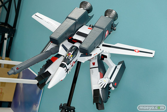 マックスファクトリーのPLAMAX MF-25 minimum factory VF-1 スーパー/ストライク ガウォーク バルキリーの新作プラモデル彩色サンプル画像05
