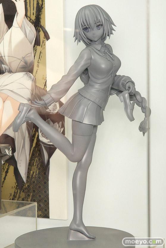 アルファマックスの新作フィギュア Fate/EXTELLA ジャンヌ・ダルク 制服Ver.(仮) の監修中原型画像03