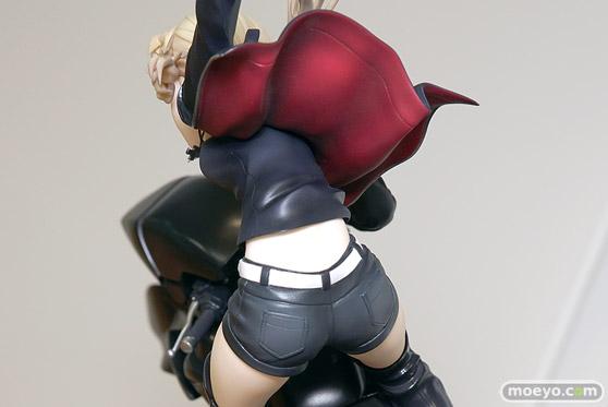 グッドスマイルカンパニーの新作フィギュア Fate/Grand Order セイバー/アルトリア・ペンドラゴン〔オルタ〕&キュイラッシェ・ノワール の彩色サンプル画像17