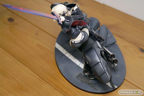 グッドスマイルカンパニーの新作フィギュア Fate/Grand Order セイバー/アルトリア・ペンドラゴン〔オルタ〕&キュイラッシェ・ノワール の彩色サンプル画像22