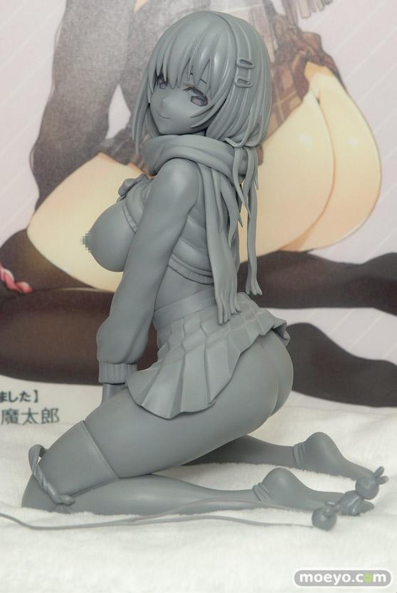スカイチューブプレミアムの新作アダルトフィギュア JK剥いちゃいました illustration by 魔太郎 の監修中原型画像01