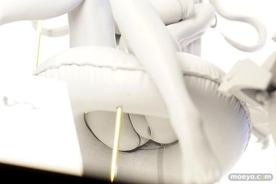 ウェーブの新作フィギュア アズールレーン プリンツ・オイゲン【色褪せない笑顔】 の監修中原型画像15