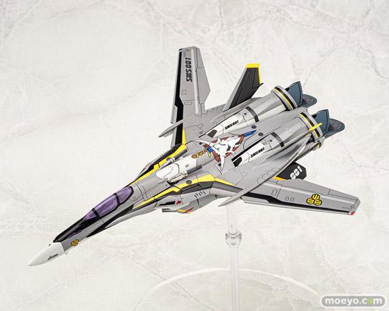 アオシマ ACKS V.F.G. マクロスF VF-25S メサイア プラモデル 05