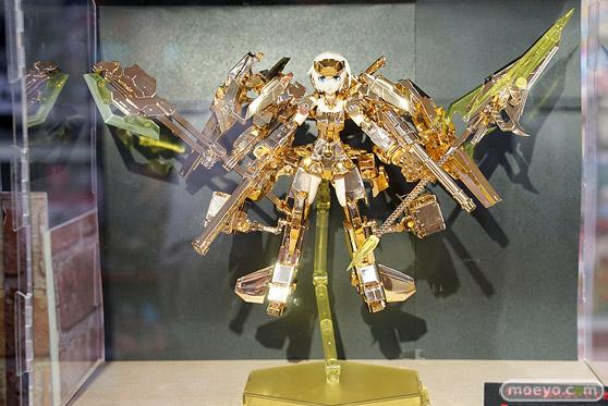 秋葉原の新作フィギュア展示の超子 28