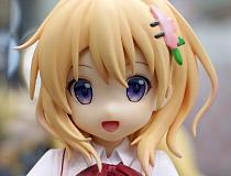 2020年8月再販!プラム美少女フィギュア「ご注文はうさぎですか?? ココア (Cafe Style)」彩色サンプルがアキバで展示!