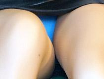 ユニオンクリエイティブ新作美少女フィギュア「どうしまイラスト ほくろの多い先輩OLさん」彩色サンプルが展示!【C3 2021春】