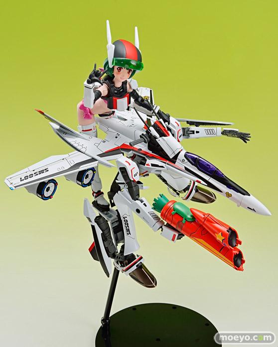 アオシマ ACKS MC-09 V.F.G. マクロスF VF-25F メサイア ランカ・リー プラモデル 07