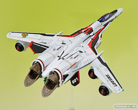 アオシマ ACKS MC-09 V.F.G. マクロスF VF-25F メサイア ランカ・リー プラモデル 14